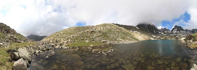 kapılı göl rize