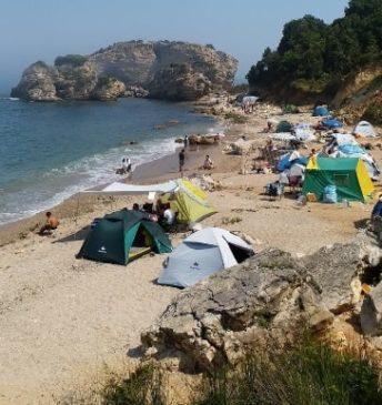 Sardal koyu kamp alanı